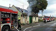 Požár střechy a půdy rodinného domu ve Skoronicích.