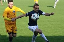 Fotbalisté Mutěnic v krajském přeboru drží čtvrtou pozici. Na výhře nad Novosedly se podílel i kapitán Milan Válek (vpravo).