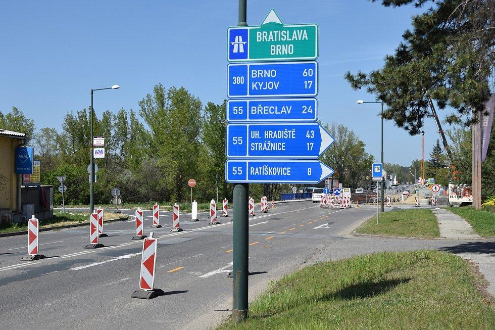 Kvůli demolici uzavřou o víkendu most na Brněnské ulici v Hodoníně.