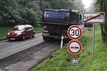 Opravy silnice druhé třídy mezi Ratíškovicemi a Hodonínem začaly.
