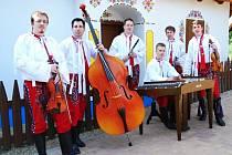 Cimbálová muzika Galán z Prušánek.