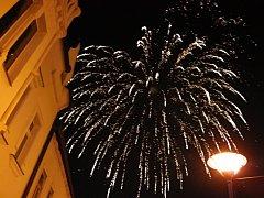 Ohňostroji na kyjovském náměstí přihlížely tisíce lidí z celého Kyjovska.