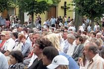Na svatý Antonínek o víkendu vyrazily tisíce lidí.