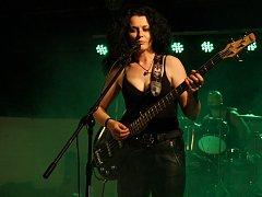 Premiérové vystoupení kapely Bigbity Rock na Skorofestu.