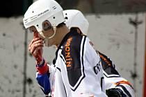 Nedělní vypjatý duel nedohrál domácí mladík Michal Švagerka, který musel během zápasu na šití.