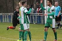 Bzenecký kapitán Petr Kasala zaznamenal v úvodním jarním zápase s Vojkovicemi sedmnáctou a osmnáctou trefu v letošním ročníku krajského přeboru.