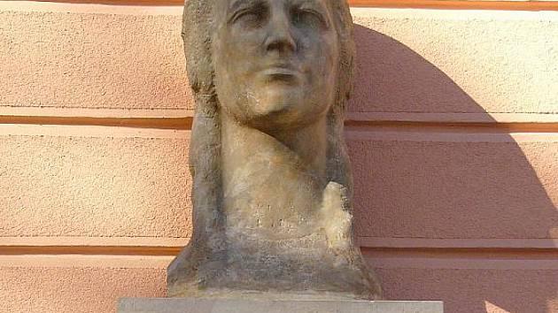 Busta Marie Kudeříkové - ilustrační fotografie.