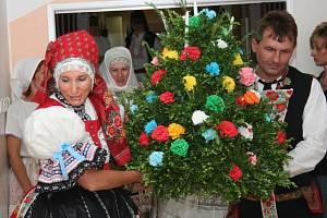 Všechny hlavní slavnosti si připomněli důchodci z Kyjova díky personálu domova důchodců.
