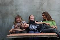 Příznivce originálního umění čeká několikadenní festival SoulFly 2020 v Hodoníně. Zahájí ho v pátek kapela Je tu někdo?