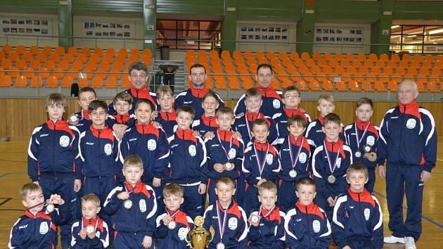Mladí hodonínští zápasníci skončili na domácí Velké ceně v soutěži družstev druzí.