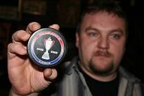 Nejvíc si Radek Petrucha váží puku, se kterým hráli hokejisté Karlových Varů ve finálové sérii, kdy se stali mistry extraligy.