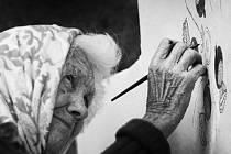 Vítězové fotografické soutěže, kterou vyhlásilo občanské sdružení Futra. Jaroslava Dosoudilo vybrali členové Futer.