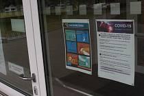 Zavřená základní škola v Hodoníně. Na okrese se už zavírají i některé mateřské školy.
