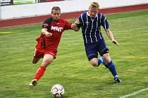 Záložník Hodonína Marián Švrček (vlevo) odehrál v posledním letošním zápase proti Staré Říši pouze padesát minut.