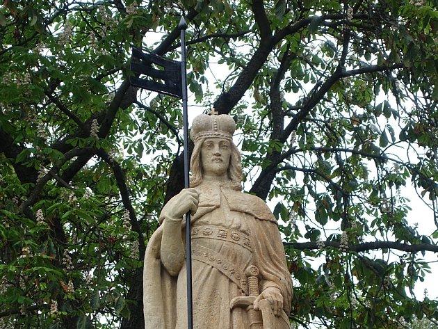 Socha svatého Václava po zrestaurování. Podobizna pochází z roku 1929.