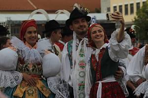 Ve Veselí nad Moravou se konaly Andělské hody. I díky slunečnému počasí si je nenechaly ujít davy návštěvníků.