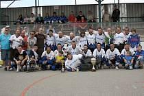 Hokejbalisté Rigumu Hodonín už poosmé vyhráli okresní ligu. V letošním finále porazili Gladiátory 3:2 na zápasy.