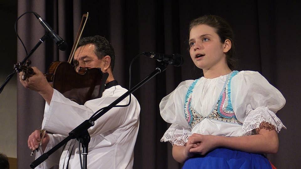 Šestý ročník regionální soutěže mladých interpretů lidových písní Horňácký zpěváček.