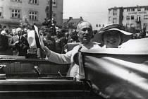 Prezident Edvard Beneš s chotí při své první ze tří návštěv Hodonína v roce 1936.