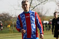 Fotbalisté Ždánic zvítězili ve Svatobořicích jasně 5:0. Mezi střelce se o víkendu zapsal i nestárnoucí záložník Radek Ždánský (na snímku).