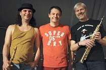 Jazzman Pavel Jakub Ryba zahrál ve středu večer v triu Fish Men spolu s multiinstrumentalistou Tomášem Křemenákem a bubeníkem Pepou Cigánkem.