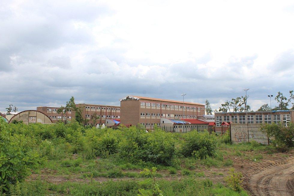 Základní škola U Červených domků v Hodoníně den před zahájením nového školního roku.