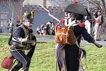 Bzenec se vrátil do roku 1805, jako pokaždé při Svatomartinských slavnostech. Napoleonská vojska spolu se svými tehdejšími soupeři se vydala ze zámku na slavnostní defilé na náměstí. Pak se vrátila před zámek, kde se odehrála bitva.