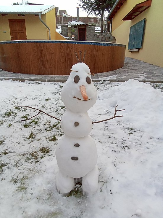 Studenti se snažili vyhrát v zimní fotosoutěži své školy. FOTO: Archiv školy