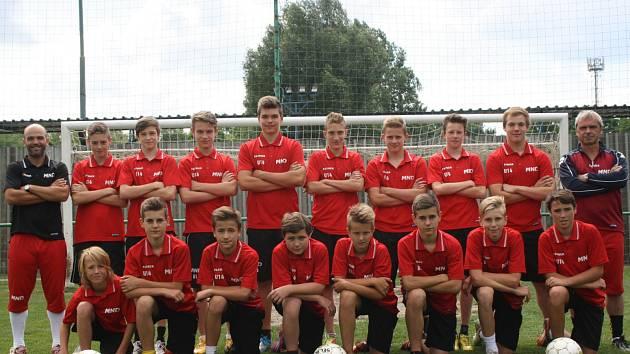 Starší žáci Hodonína poprvé vyhráli jižní skupinu Moravskoslezské ligy.