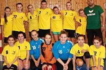 Mladší žákyně Hodonína obsadily na jednodenním turnaji v Šuranech druhé místo.