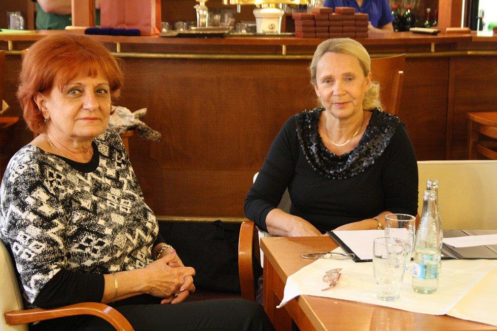 Medaile za dvacet, čtyřicet a osmdesát odběrů dostali dárci krve v Kyjově.