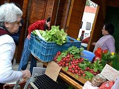 Farmářské trhy v Hodoníně začaly. V sobotu 27. dubna se letos po loňských dobrých zkušenostech uskutečnily poprvé.