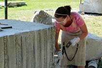 Už popáté se Lužice staly na několik dní dějištěm řezbářského sympózia. Vzniklá umělecká díla ozdobí lužický park i betlém.