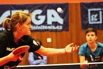 Stolní tenistky Hodonína v prvním letošním zápase ženské superligy zvítězily 6:2. Lenka Harabaszová si poradila s Kristýnou Štefcovou 3:1 na sety.