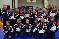 Ziskem třinácti medailí na Memoriálu Josefa Korycha v olympijském zápasení dětí potvrdili hodonínští zápasníci parádní vstup do nové soutěžní sezony.