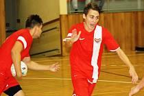 Michal Bidmon se právem raduje, Dukla Hodonín zvítězila v Ostravě gólem z poslední vteřiny.
