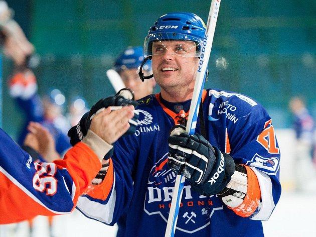 Čtyřicetiletý obránce Petr Pokorný po sobotním zápase se Vsetínem ukončil hokejovou kariéru. V Hodoníně strávil dlouhých třináct let.