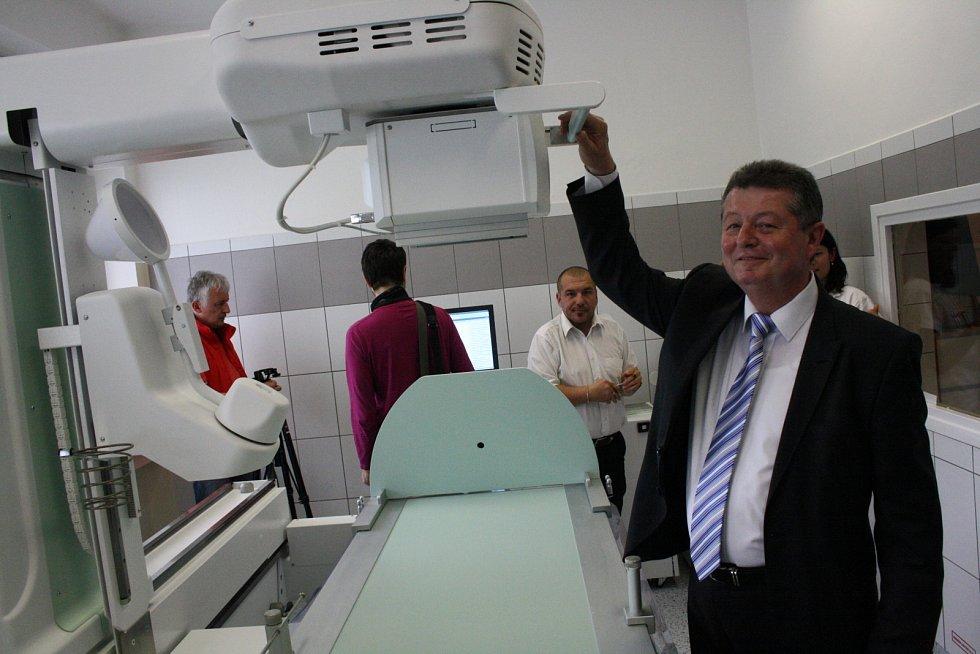 Hodonínská nemocnice představila novou radiodiagnostickou stěnu.