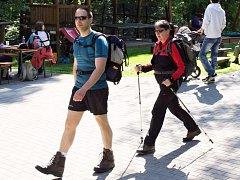 Ve Vřesovicích se v sobotu 6. května koná již šestnáctý ročník Putování Moravským Slováckem. Pořadatelé pro účastníky oblíbeného pochodu připravili sedm tras od pěti do pětačtyřiceti kilometrů.