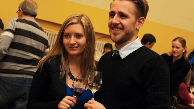 Jubilejní patnáctý ročník koštu vín v Moravanech.