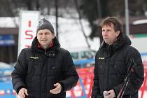 Trenér 1. FC Slovácko Miroslav Soukup (vlevo) se svým asistentem Jiřím Dekařem.