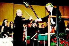 Jan Nosek předává taktovku Davidu Herzánovi.
