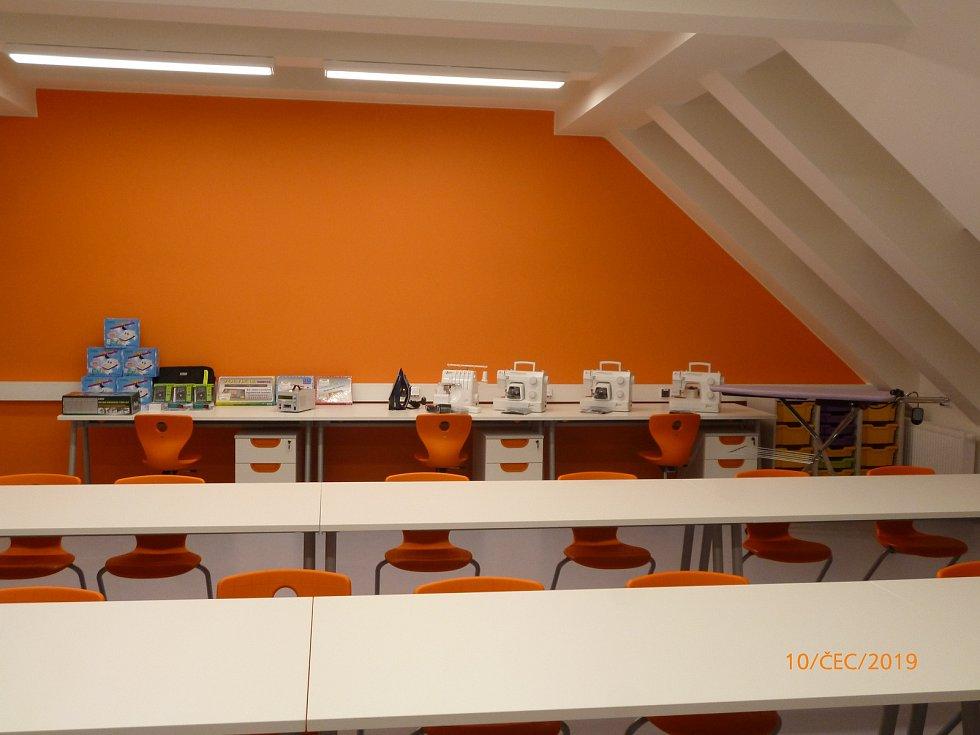 Zrekonstruovaná škola ve Vacenovicích.