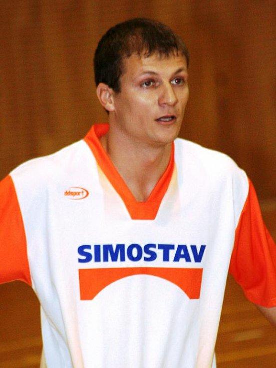 Domácí strážníci vyhráli druhý ročník halového turnaje v kopané pořádaný jako Memoriál Zdeňka Jüstela.