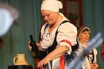 V sobotu večer se lidem ve Ždánicích představilo šest folklorních souborů