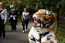 První říjnový víkend patřil v Zoo Hoodnín oslavám Dne zvířat. Pořadatelé připojili i stanoviště související se Dnem zdraví.
