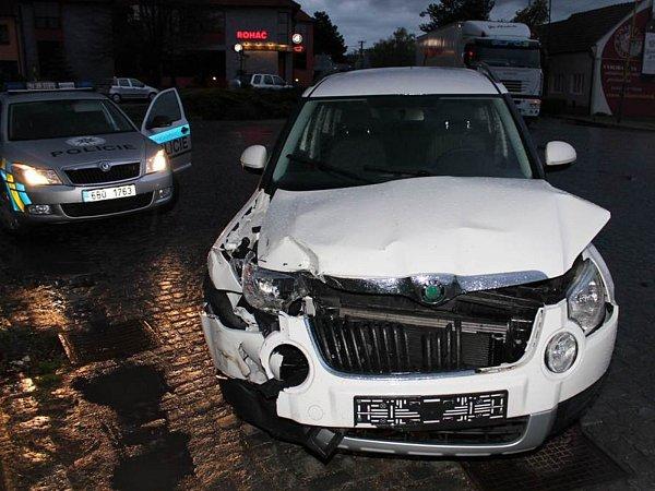 Při nehodě vznikla škoda sedm set tisíc korun.