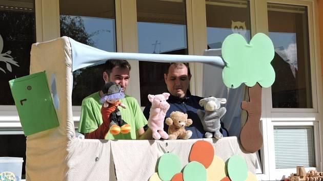 Děti milují příběhy Medvídka PÚ