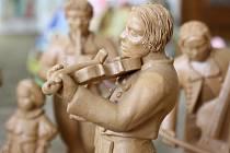 Babinec s Kozojídek uspořádal v obci vůbec první výstavu betlémů. Sešlo se jich sto.