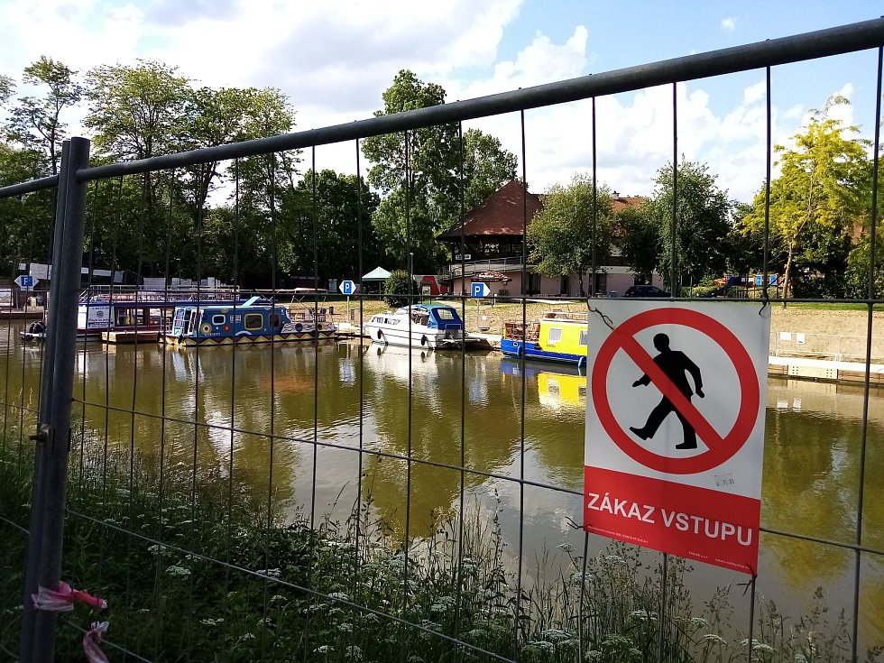Přístav ve Veselí nad Moravou.